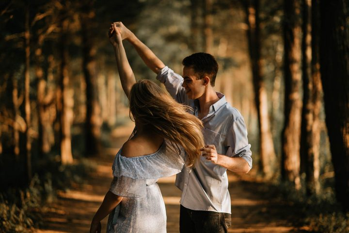 ways-for-christian-men-and-women-be-more-romantic-dating-tips-header