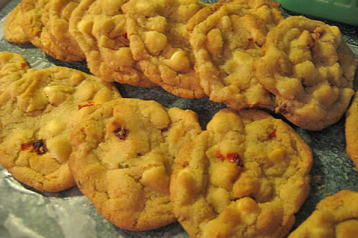 habanero-white-chocolate-chip-cookies